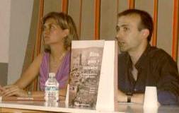 Berta y Pedro durante la presentación