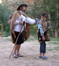 El juglar ciego, magníficamente caracterizado por Jesús Martínez, tenía dos papeles en la obra.